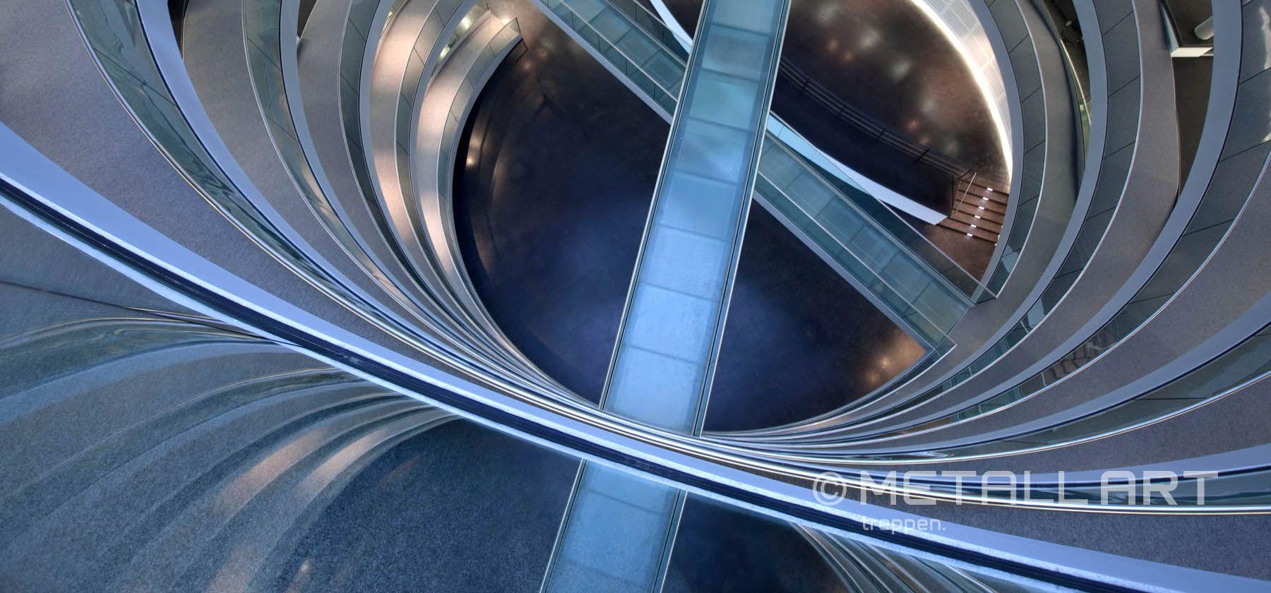 Kongresszentrums für das Genforschungsinstitut EMBL in Heidelberg in Form einer Doppelhelix | MetallArt Metallbau Schmid GmbH