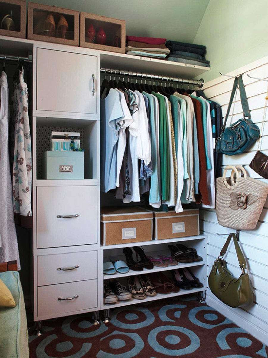 Organizing Made Fun: 11 Ways To Have An Organized Grown Up Closet Board To  Hang Long Hooks For Purses