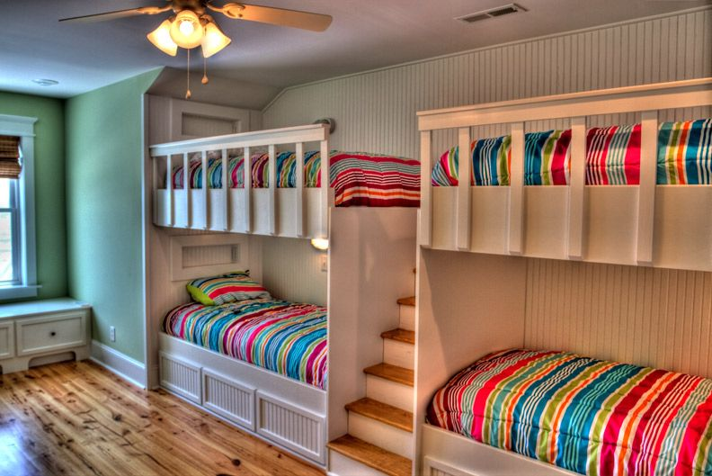 4 Bunk Beds On One Wall Kids Shared Bedroom Bunk Bed Designs