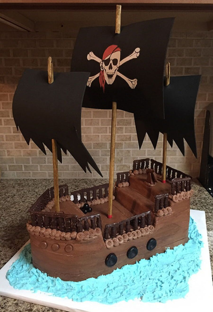 Pirate Ship Birthday Cake With Images Pirate Birthday Cake