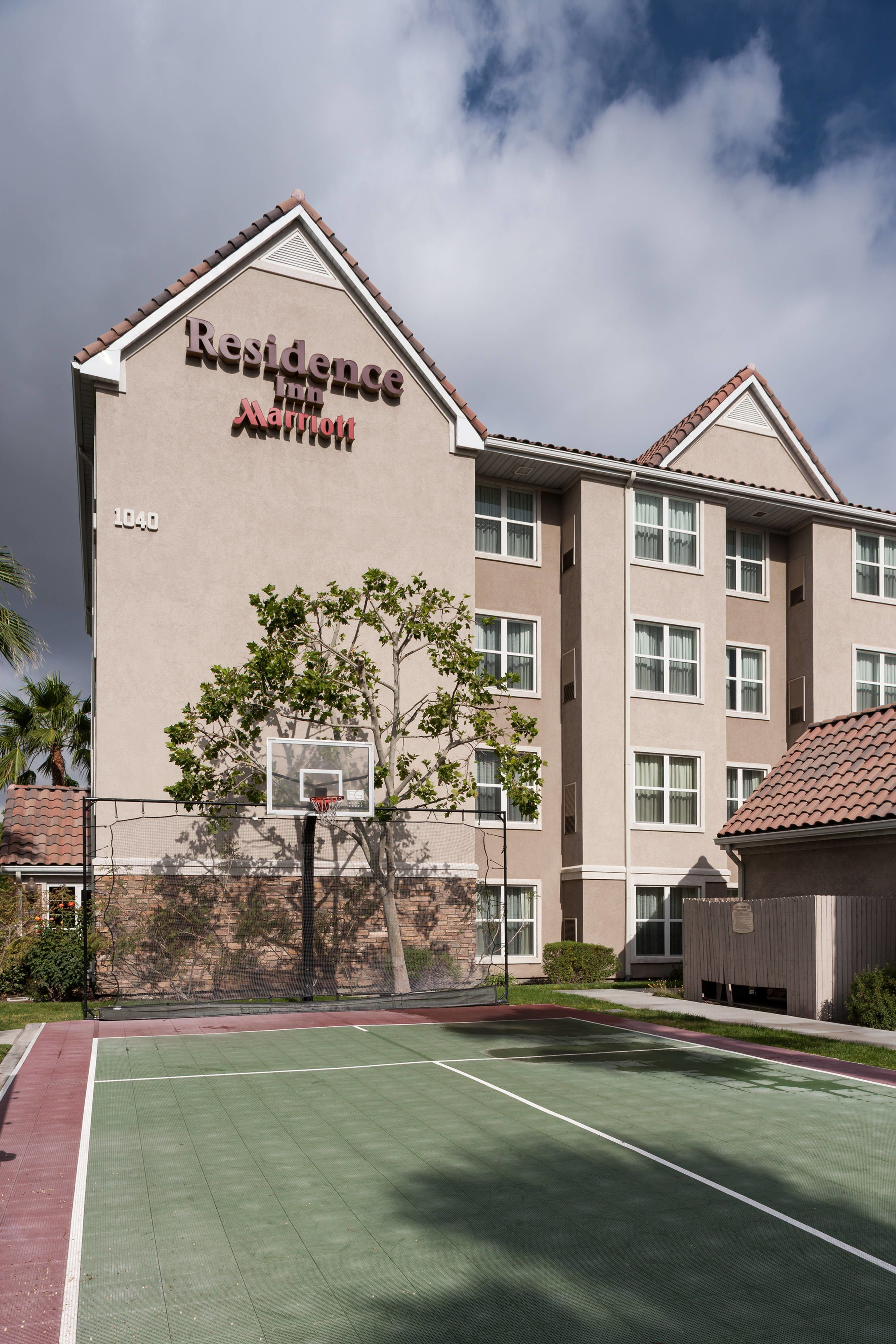 Residence Inn San Bernardino Sport Court Comfort Hotel