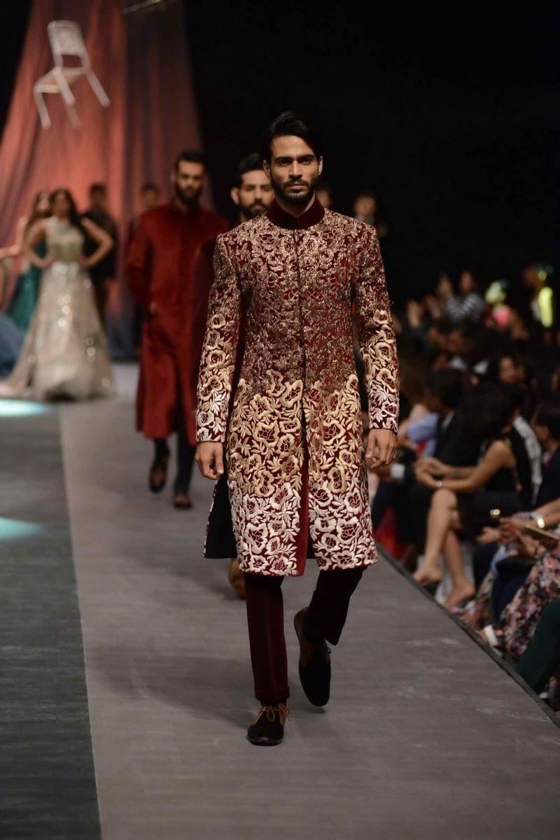 Manish malhotra lfw wf u indian couture menus ethnic fashion