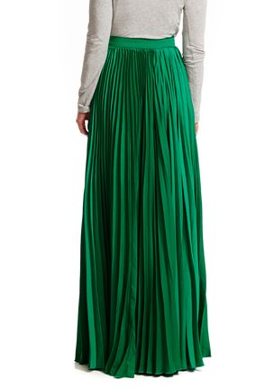 89c91154691a2c Olivaceous Green Pleated Maxi Skirt. This would look great in my closet and  a regular for the spring