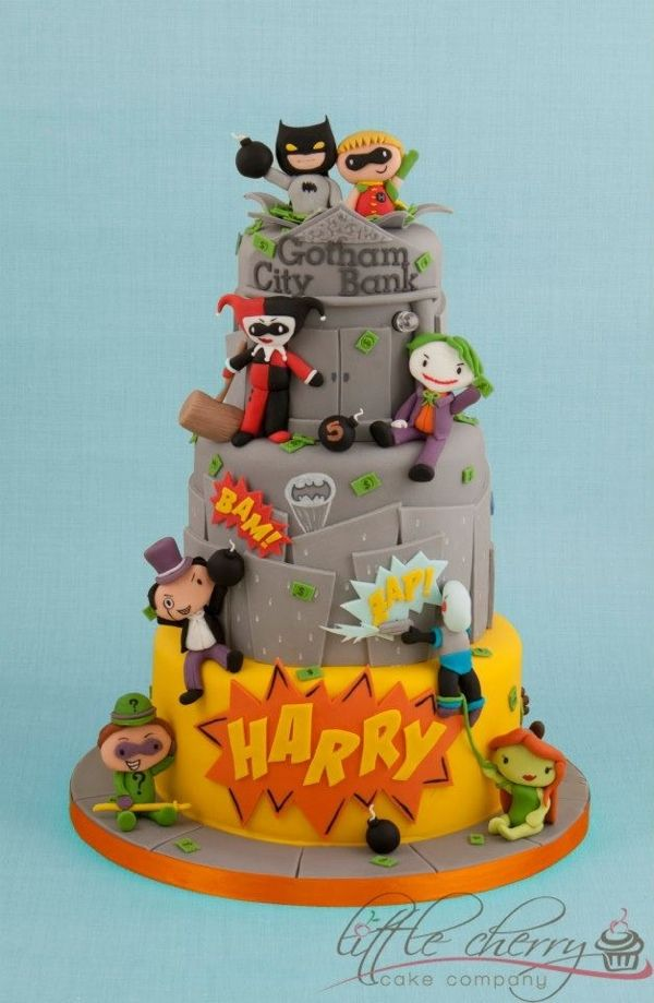 How Sweet Is This Batman Birthday Cake Batman cakes Batman and