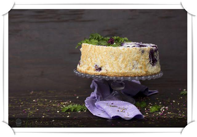 Angel Food Cake de Arándanos y Limón