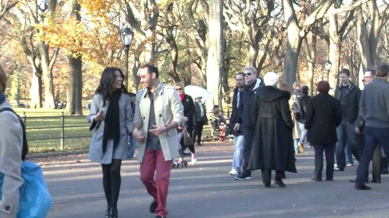Surprise Marriage Proposal With Paparazzi In New York City