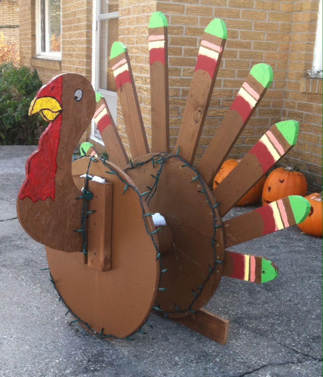 Wooden thanksgiving yard decorations turkey