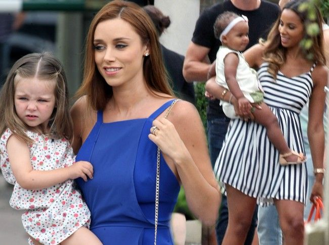 Una Healy Rochelle Humes At Frankie Sandford S Wedding