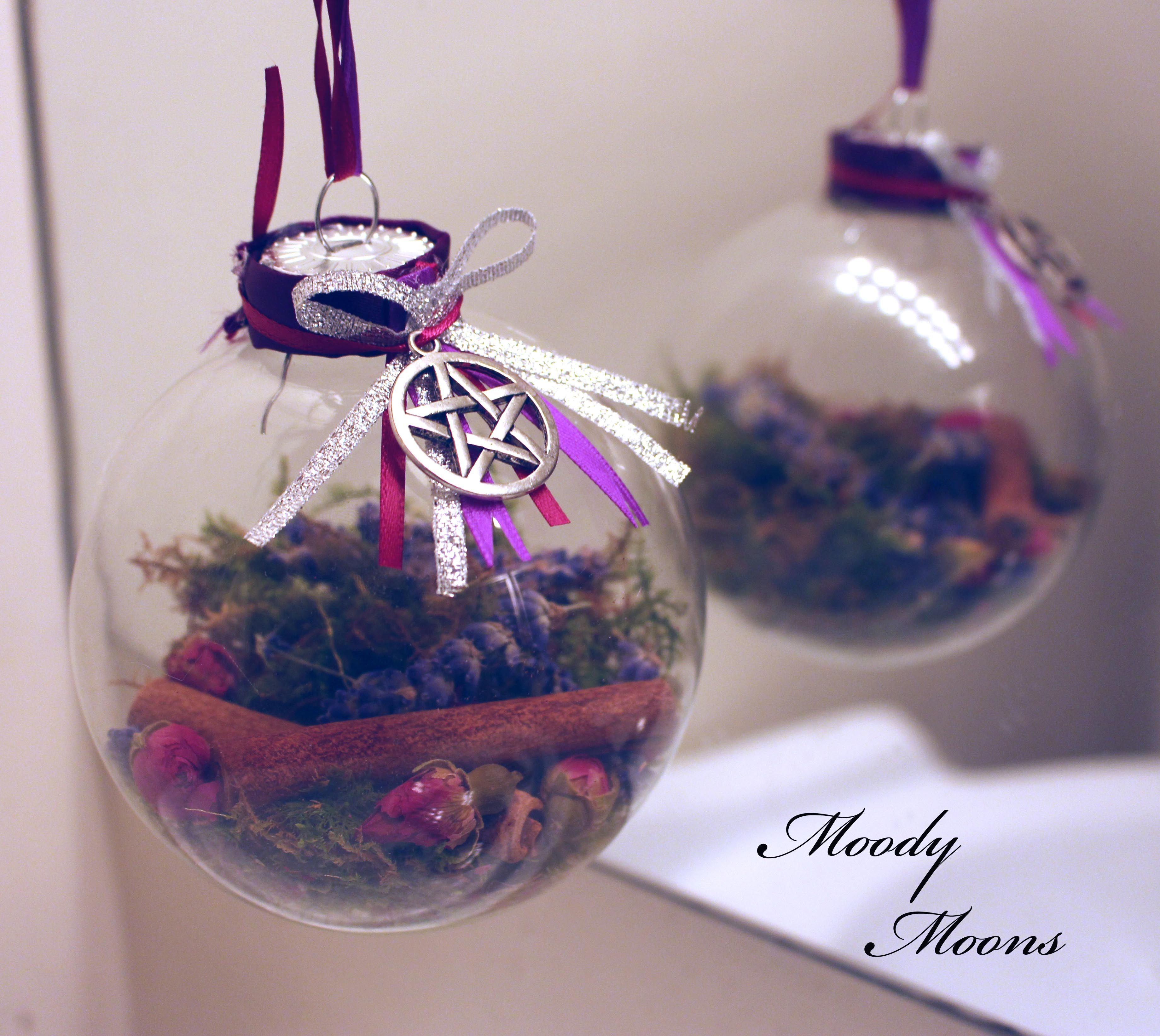DIY Witch Balls | Witchy stuff | Wiccan crafts, Witch decor