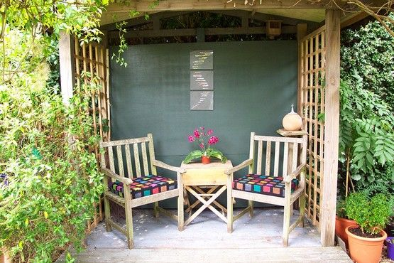 Garden shelter google search meditation hut for Small garden shelter