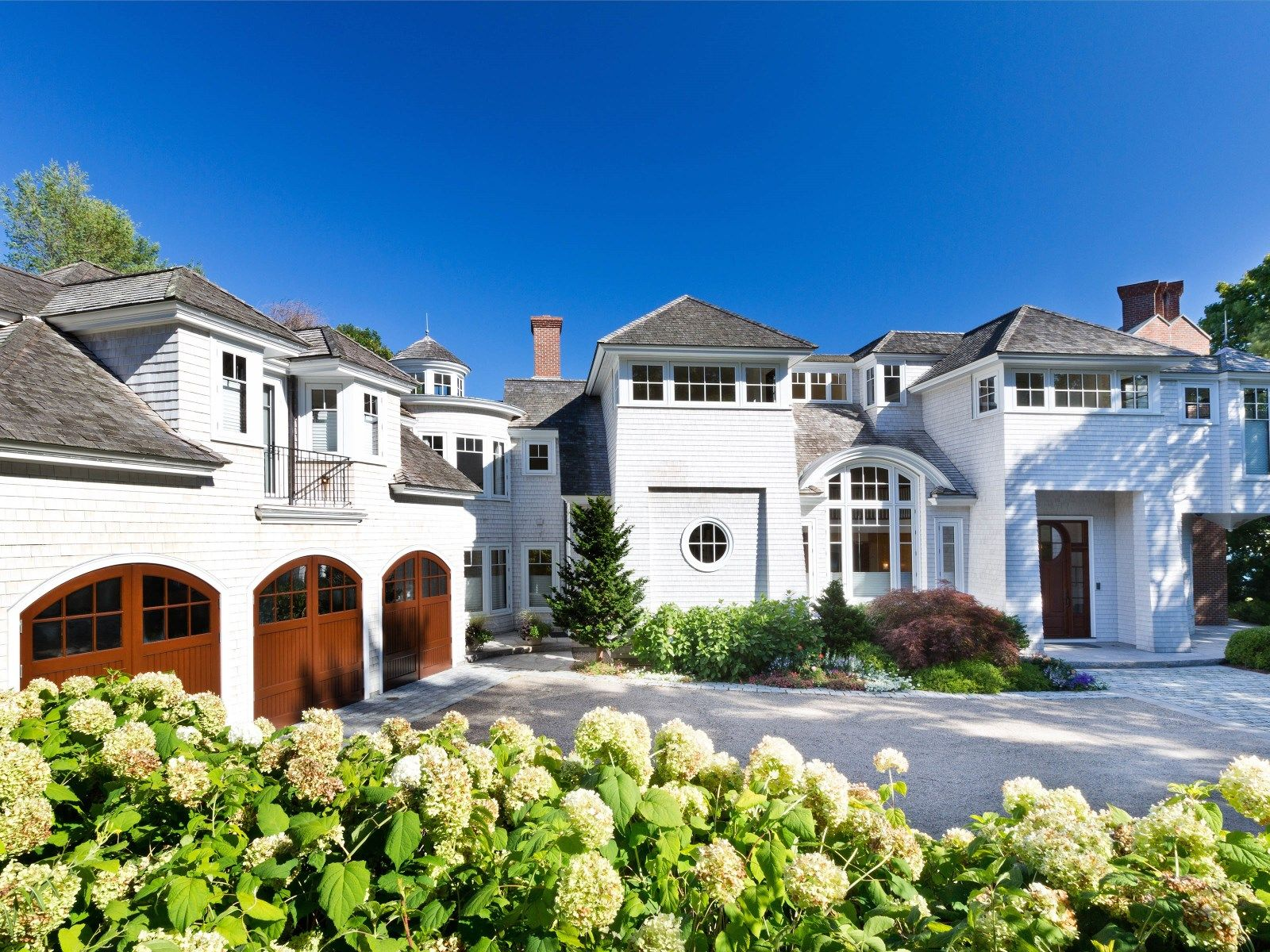 Sotheby S Homes Luxury Homes Exterior Ocean Front Homes Mansions
