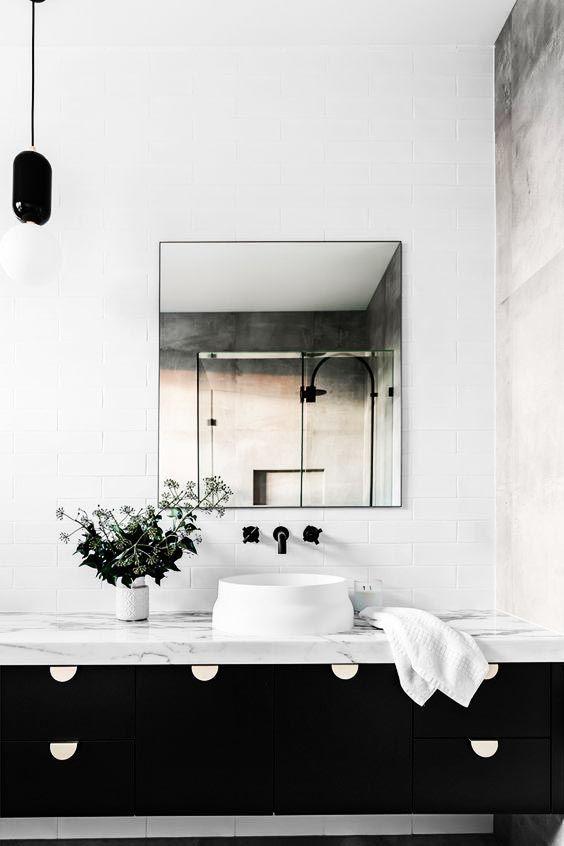 Vous aimeriez #rénover votre salle de bain ? Changer la #douche ou - devis carrelage salle de bain
