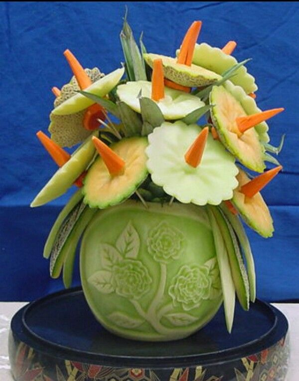 Fruit flowers with vase fruits vegetables carving