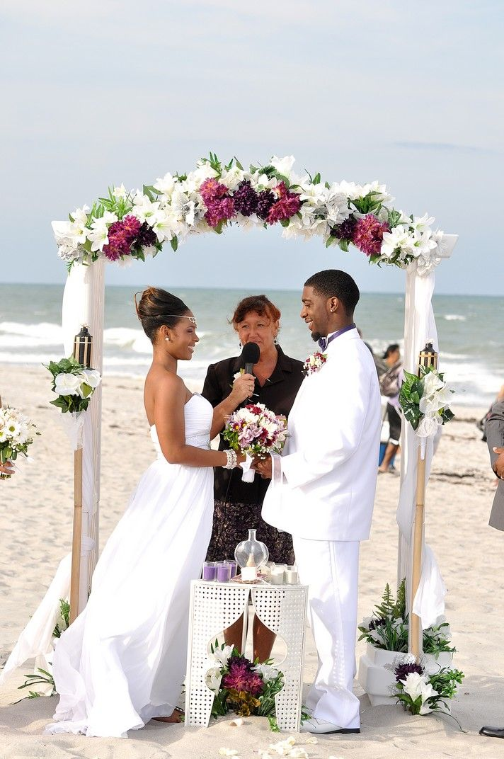 Beach Wedding In Cocoa Florida Is Five Miles From The Cruise