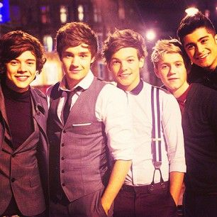 Harry Edward Styles, Liam James Payne, Louis William Tomlinson, Niall James Horan, and Zayn Javadd Malik!!!!