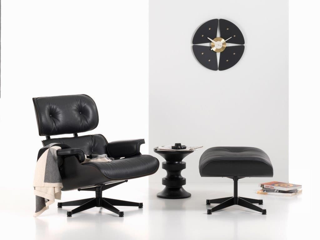 Lekkere Lounge Stoel.Vitra Eames Lounge Chair And Ottoman Black Vitra Lounge Chair