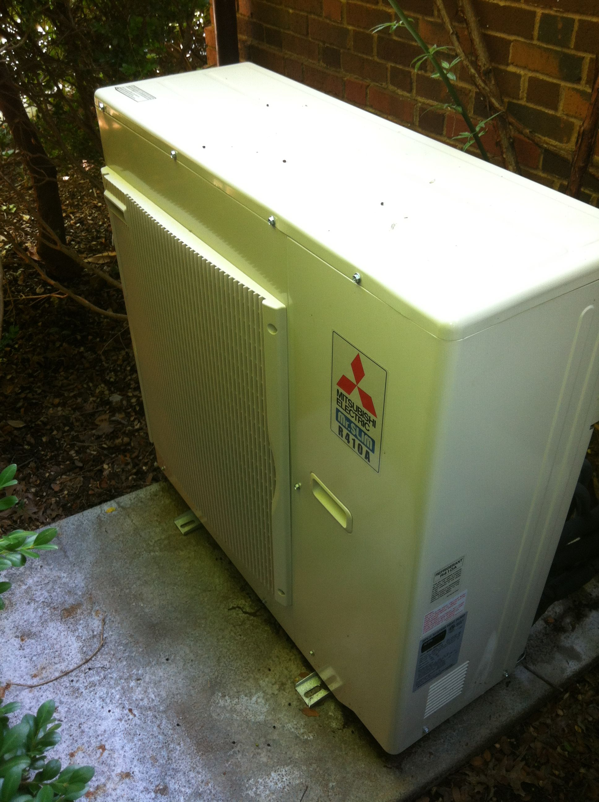 Mitsubishi 3 Ton 3 Zone Heat Pump Outdoor Unit Heating Services Outdoor Storage Box Heat Pump