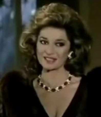Sable Colby Stephanie Beacham Jewelry Pearl Necklace