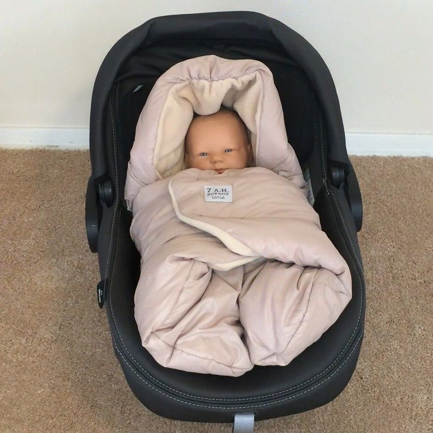 Keeping babies warm and safe in their car seats during winter good reminders