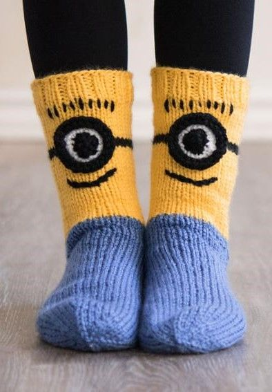 Despicable Me Minions Socks Knitting Pattern Kit Ad Knitting