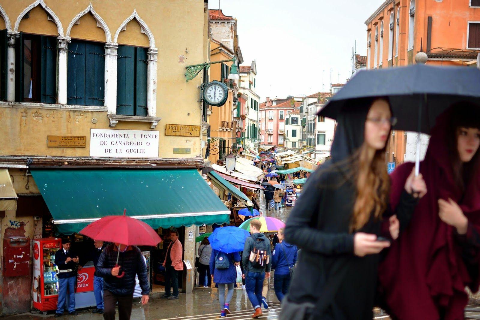 Marina Magro: Venezia, anche sotto la pioggia, sempre magica