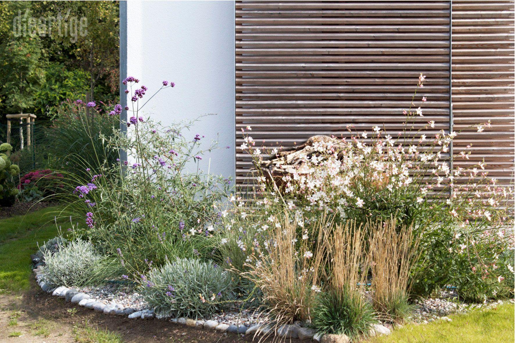 kiesgarten an der nordwestecke vom haus dieartigegarden garten garten design und pflanzen. Black Bedroom Furniture Sets. Home Design Ideas