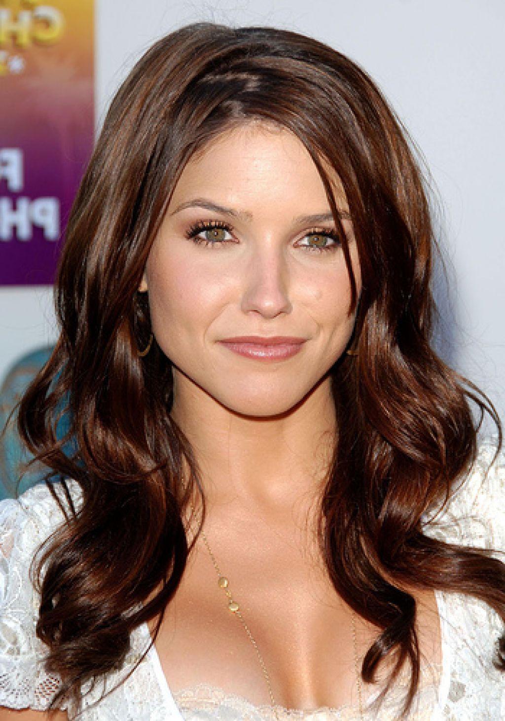 Kate Beckinsales warm chestnut brown brunette an hairstyle ...