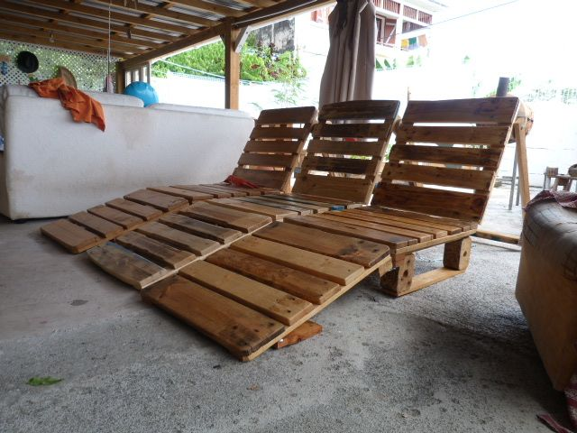 Chaises Longues Pliantes Livrees En Martinique Dimension Depliee 200x60x25 Cm D Chaises Longues En Palettes Salon En Palettes Chaise Longue Pliante