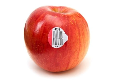 Great info! || What the stickers on fruit tell you: 4 numbers are conventionally grown, 5 numbers starting w/ #8 are genetically modified, 5 numbers starting w/ #9 are organically grown.