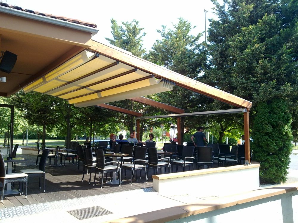 Commercial Awnings And Pergolas Gibus Pergola Outdoor Decor Outdoor