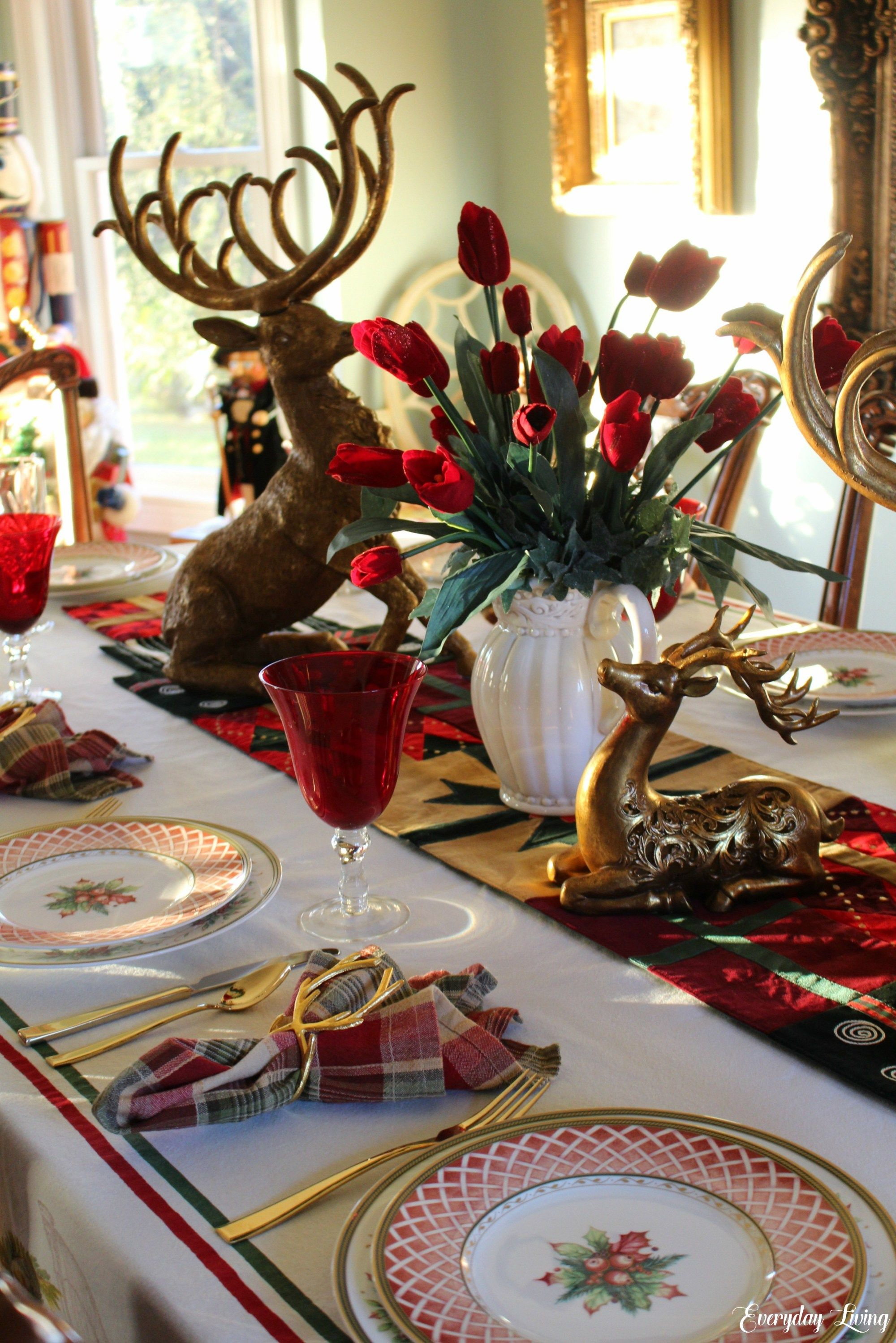 Tablescape Tuesday Golden Reindeer Holiday Table Decorations Christmas Holiday Table Decorations Christmas Centerpieces