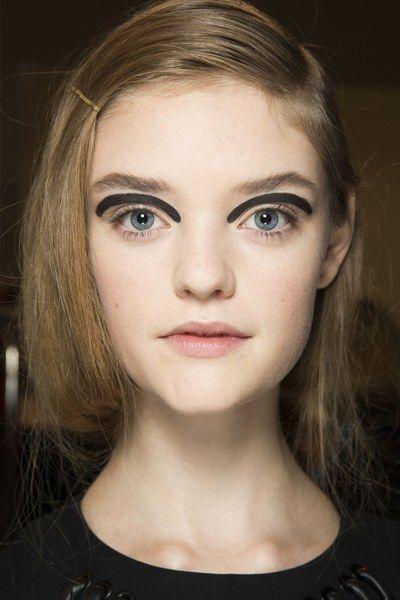 Fendi Spring 2016 Ready-to-Wear Beauty Photos - Vogue