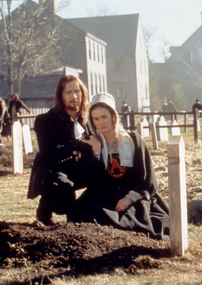 THE SCARLET LETTER Gary Oldman Demi Moore 1995 c Buena Vista