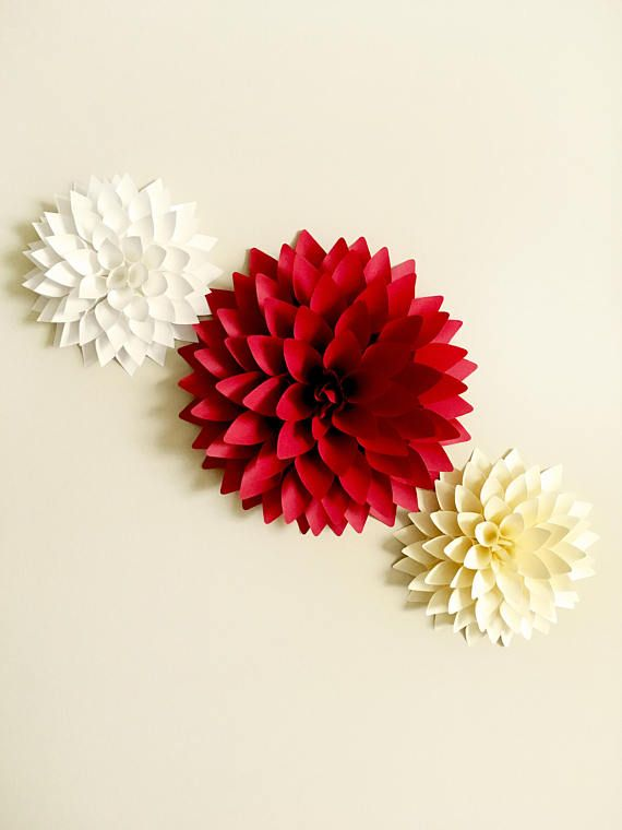 12 In Dahlia Paper Flower Svg And Pdf Template Backdrop Etsy Paper Flowers Paper Flowers Diy Handmade Flowers Paper