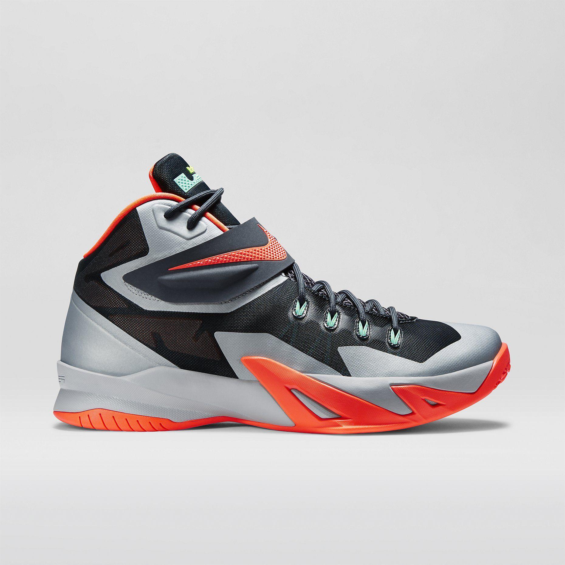 8f4e81b343af Nike Zoom LeBron Soldier VIII