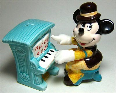 Mickey mouse piano player salt and pepper shaker set