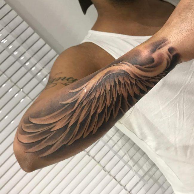 65+ wunderbare Engelsflügel Tattoos Designs & Bedeutungen - attraktive Ideen (2018 #tattoodesigns