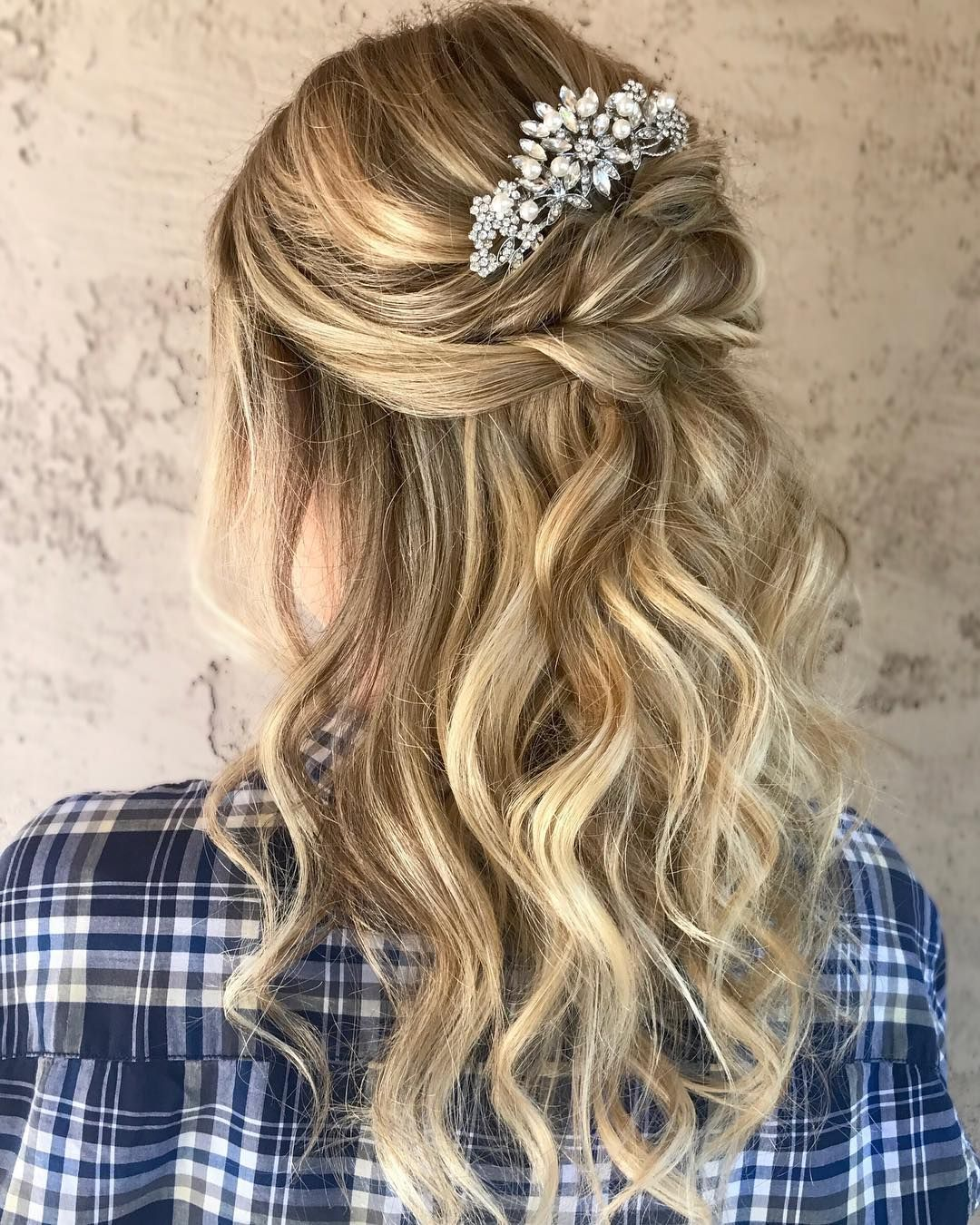 Dropdead gorgeous wedding hairstyles gorgeous half up half down