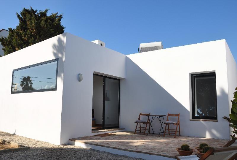 Alquiler de casa en zahora andaluc a con playa lago pr ximos y balc n terraza niumba casa - Alquiler casa menorca verano ...
