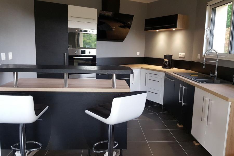 Cuisine client mélange des couleurs dans cette cuisine black white conception