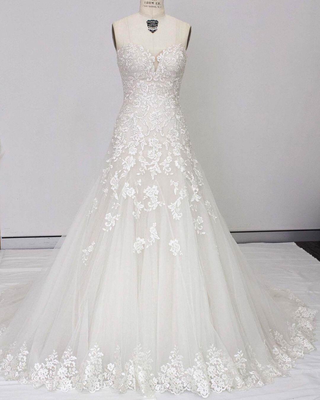 Strapless Dropped Waist Lace Fairytale Wedding Dress