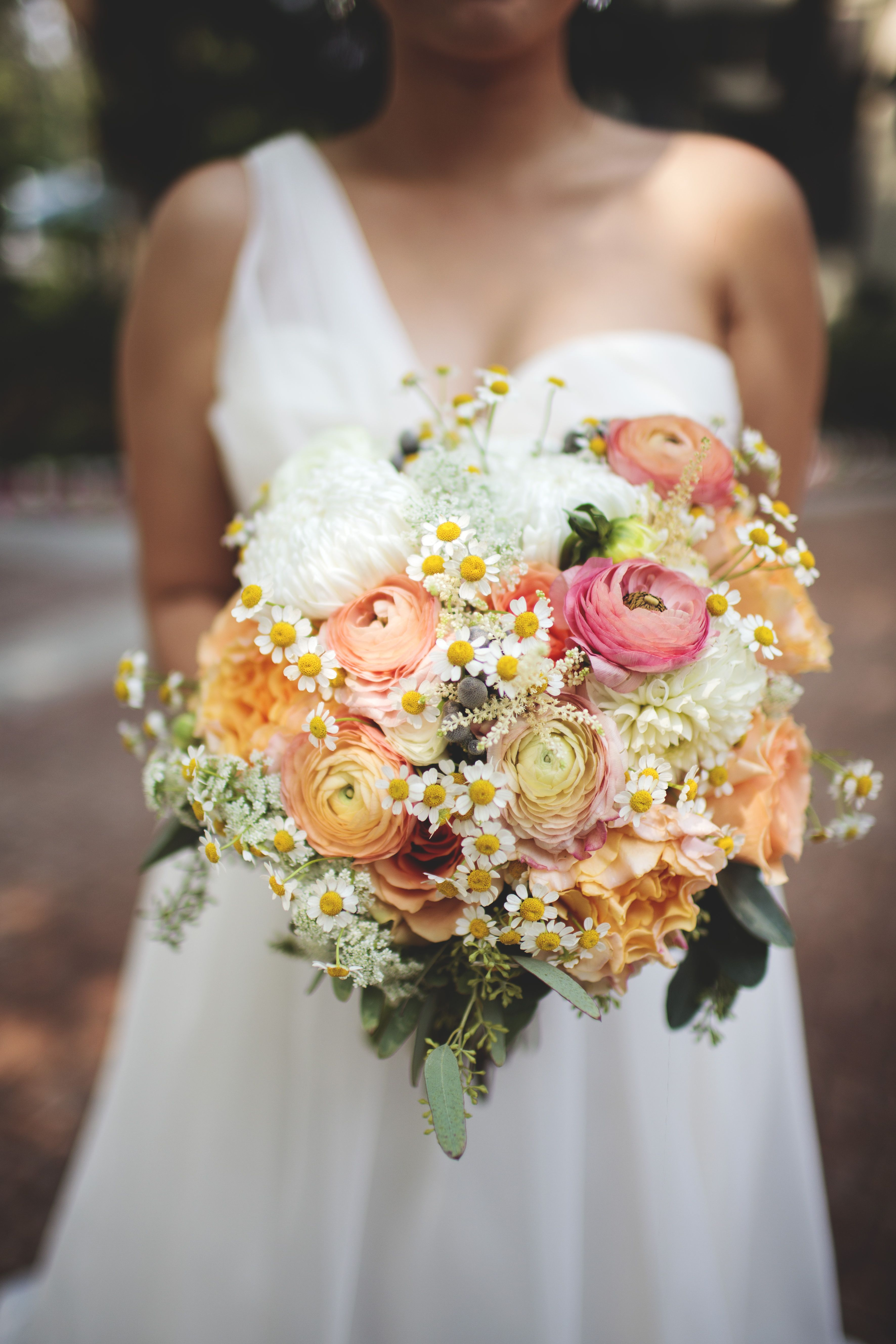 My very own bouquet. <3 #wedding #bouquet #daisies #floral #flowers ...