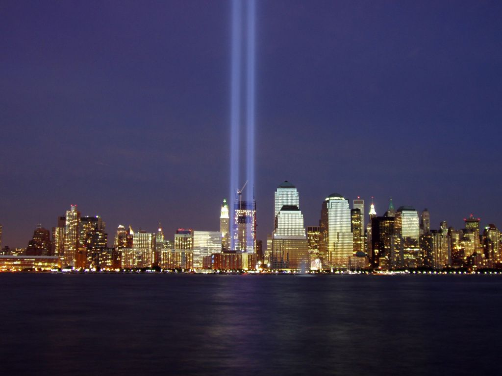 Visited New York City And Ground Zero Months After These - Two beams light new yorks skyline beautiful tribute 911