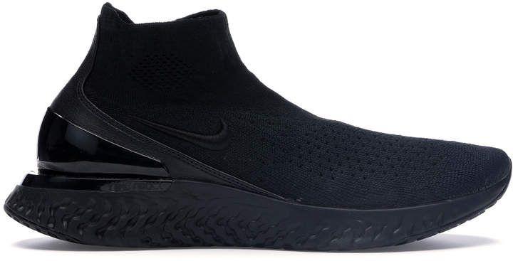 Nike Rise React Flyknit Triple Black In 2020 Fashion Shoes Sneakers Triple Black All Black Sneakers