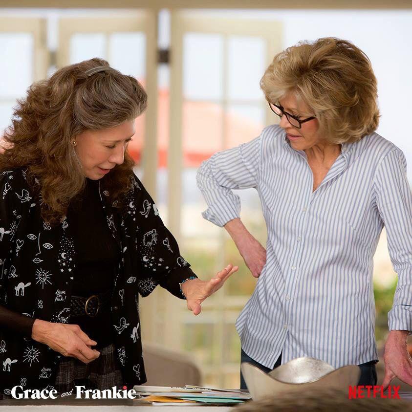 Grace frankie fashion over 60 fashion jane fonda