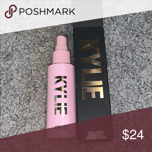 Face Spray Setting Spray by Kylie Cosmetics #22