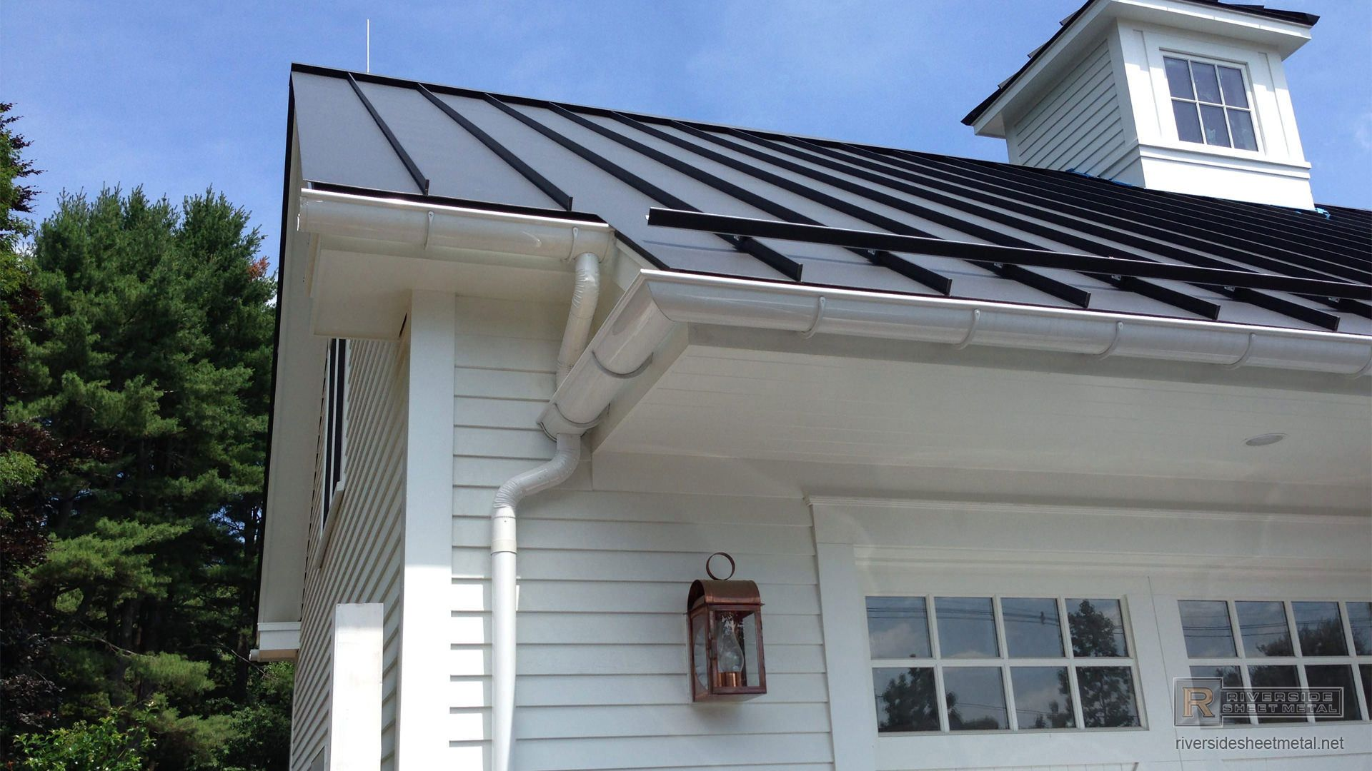Pin By Robyn Ostryniec On This Old House Aluminum Roof Flat Roof Membrane Metal Roof