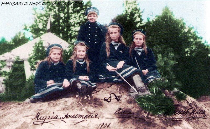 by ~hmhsbritannic on deviantart  Olga Nikolaievna Romanova, Tatiana Nikolaievna Romanova, Maria Nikolaievna Romanova, Anastasia Nikolaievna Romanova and Alexei Nikolaievitch Romanov in 1908