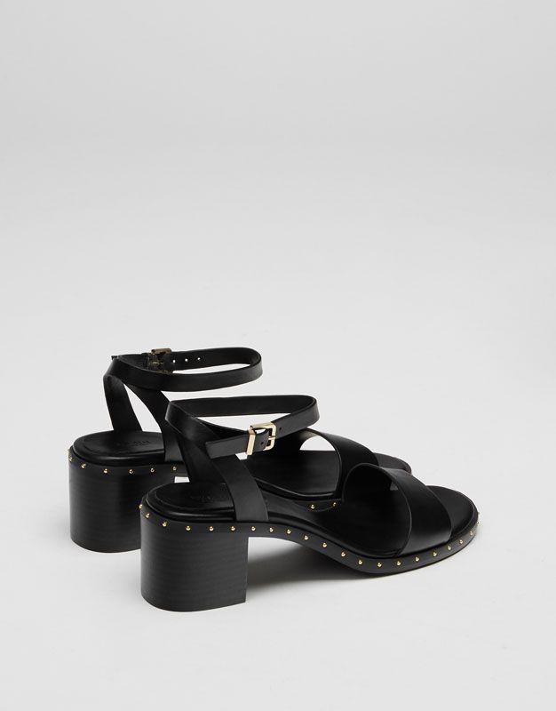 Mid-heel sandals with studs - New - Woman - PULL&BEAR United Kingdom