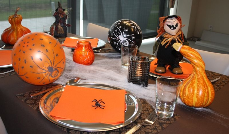 Ook om een halloweenfeest te organiseren heeft ava alle feestartikelen en decoratie in huis - Deco ideeen ...